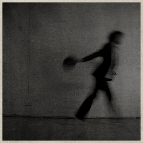 """Deyone: """"La fotografía sirve para amaestrar el desequilibrio"""""""