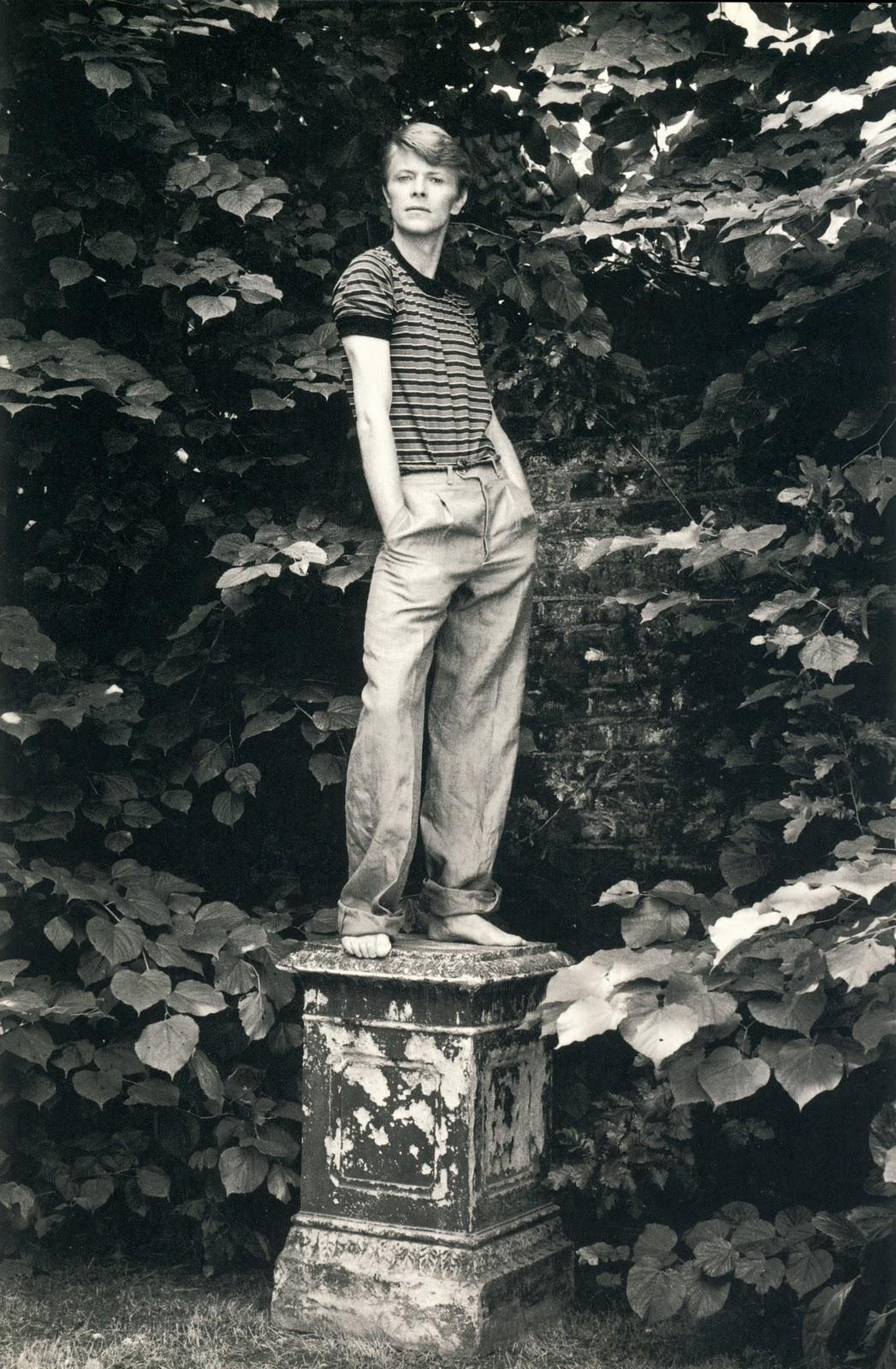 Felices 64, señor Bowie