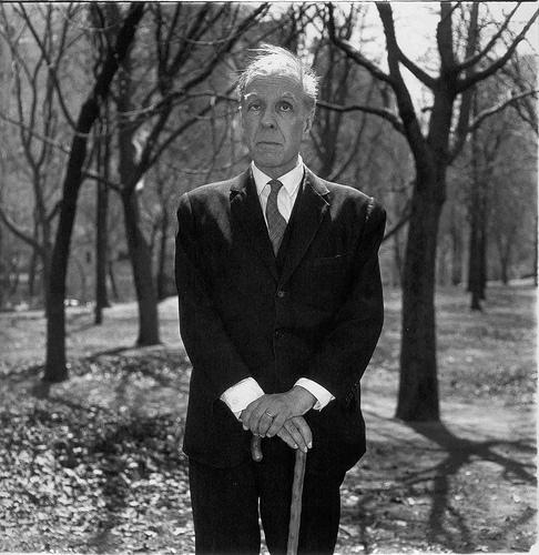 Borges fotografiado en Nueva York por Diane por Arbus