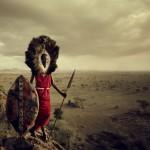 SARBORE SERENGETI, 2010 Un guerrero Masai en el Serengeti (Tanzania) (© JIMMY NELSON)