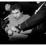 L'arresto del boss Leoluca Bagarella, 1980 Arresto del capo mafioso Luca Bagarella, que puso precio a la cabeza de la fotógrafa por tomar la instantánea © Letizia Bataglia