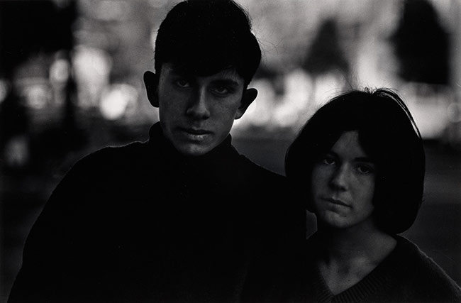 © Dave Heath - Howard Greenberg Gallery